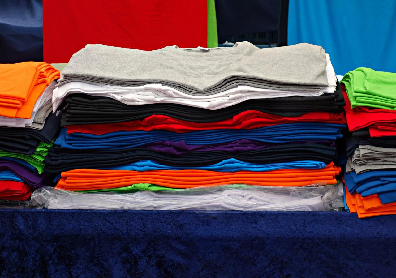 t-shirt-1524677_1280-2